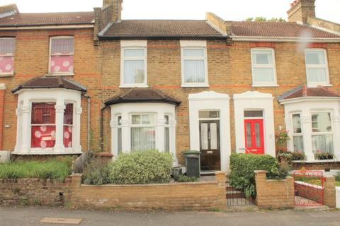 3 bedroom house for sale - Killearn Road, London, SE6