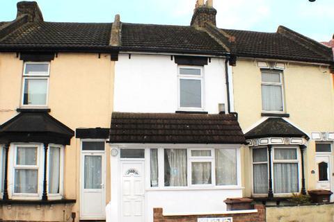 3 bedroom terraced house to rent - Railway Street, Gillingham