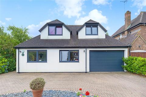 4 bedroom detached house to rent - The Drive, Esher, KT10