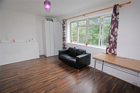 2 bedroom apartment to rent - Corbett Grove, London, N22