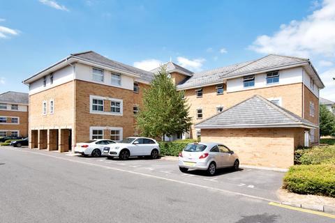 2 bedroom flat for sale - Sunbury-On-Thames,  Surrey,  TW16
