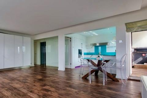 1 bedroom apartment to rent - Michael Cliffe House, Skinner Street, London