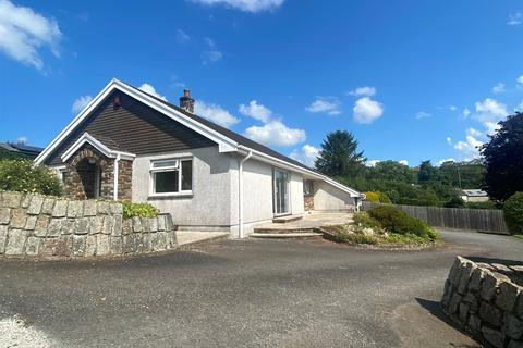 3 bedroom detached bungalow to rent - Leat Road, Lifton