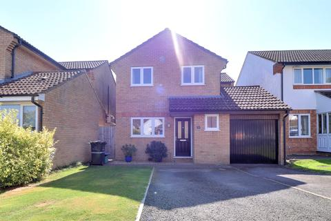 4 bedroom detached house for sale - Bilberry Grove, Taunton