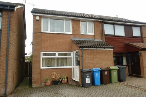 3 bedroom semi-detached house for sale - Alwin Road, Shaw
