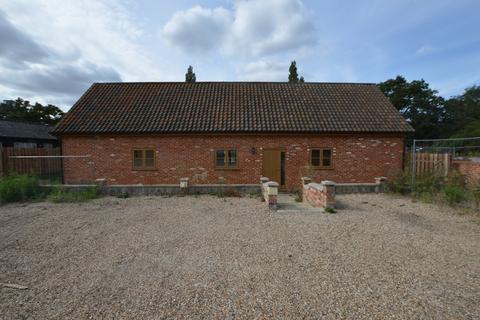 2 bedroom barn to rent - Blackthorpe, Rougham