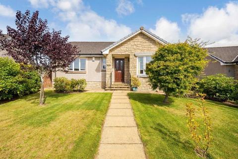 2 bedroom detached bungalow for sale - 2 Devon Place, Saline, KY12 9UX