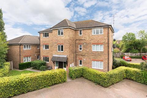 1 bedroom flat for sale - Pankhurst Road, Walton-On-Thames