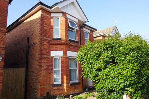 3 bedroom house for sale - Detached House. Orcheston Road, Charminster, Bournemouth, BH8