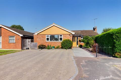 4 bedroom detached bungalow for sale - Stoke Mandeville