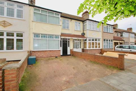 3 bedroom terraced house to rent - Seabrook Gardens, Romford