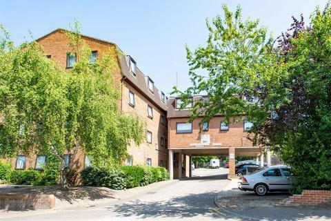 2 bedroom flat to rent - Ethel Maud Court, Richmond Road, Gillingham