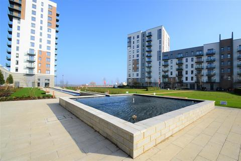 2 bedroom apartment to rent - West Tower, Victory Pier, Gillingham