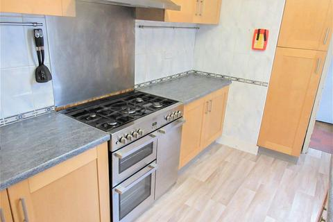 1 bedroom in a house share to rent - College Avenue, Gillingham