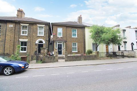 1 bedroom in a house share to rent - Mill Road, Gillingham