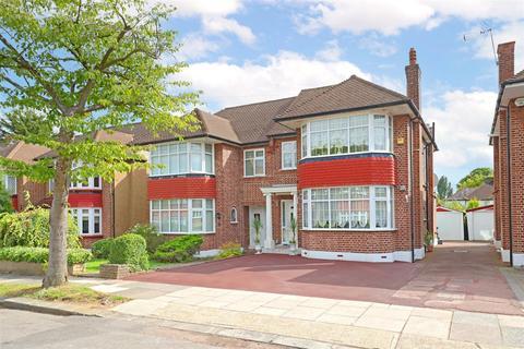 3 bedroom semi-detached house for sale - Overton Road, Oakwood, N14 4SY