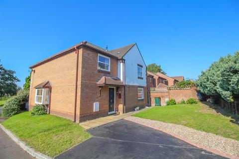 5 bedroom detached house for sale - Squires Gate, Rogerstone, Newport