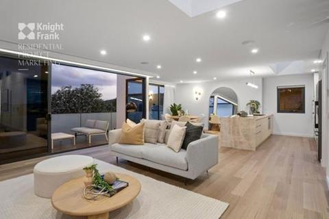 3 bedroom apartment - 7/180 Channel Highway, Taroona, TAS 7053