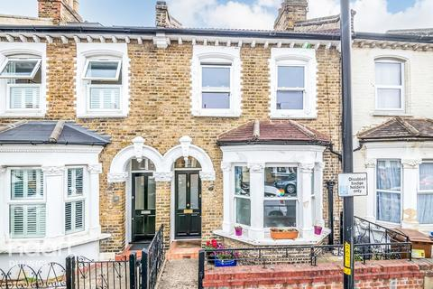 3 bedroom terraced house for sale - Darrell Road, London