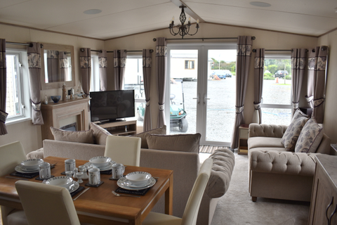 2 bedroom lodge for sale - Sand le Mere, Hull