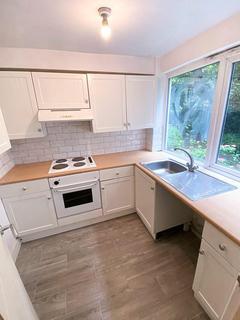 1 bedroom flat to rent - QUEENSWOOD GARDENS, WANSTEAD, LONDON E11