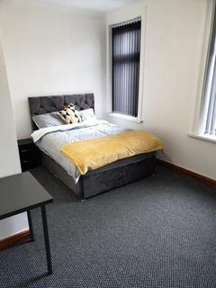 House to rent - Room 3, 12 Grantham Terrace   Bradford