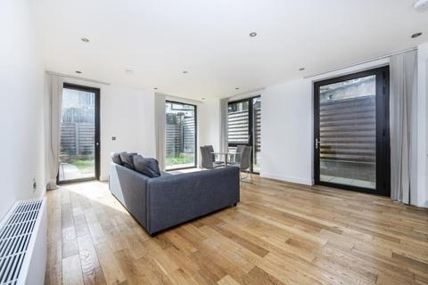 1 bedroom apartment to rent - Moray Apartments, Elgin Avenue, W9