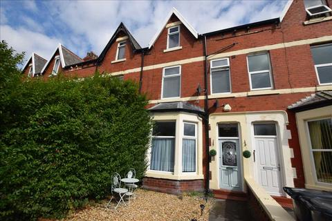 2 bedroom apartment to rent - St Patricks Road South, Lytham St Annes