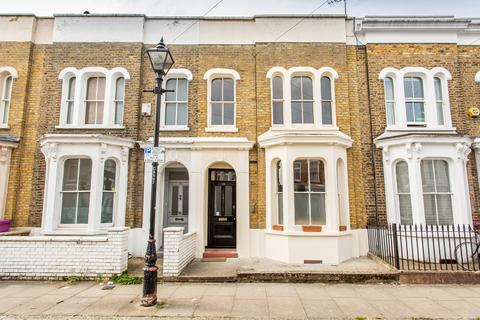 3 bedroom terraced house for sale - Clinton Road, E3