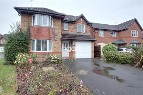 4 bedroom semi-detached house to rent - Templebell Close
