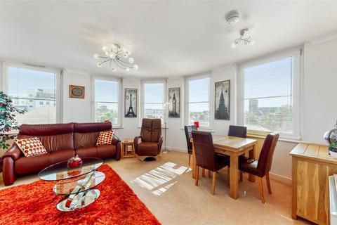 2 bedroom flat for sale - Craig House Hartington Road , London, W138QJ