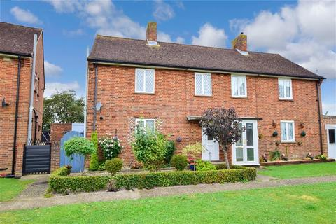 3 bedroom semi-detached house for sale - Exton Road, Chichester, West Sussex