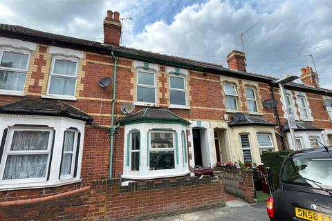 3 bedroom terraced house to rent - Elm Lodge Avenue, Reading, Berkshire, RG30