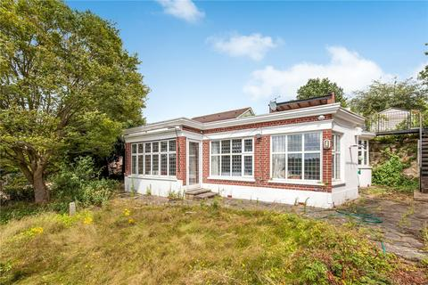 3 bedroom bungalow for sale - Hillbrow Road, Bromley, Kent, BR1