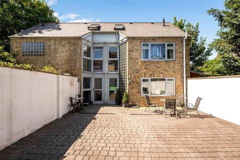 3 bedroom semi-detached house for sale - Birkbeck Road, Beckenham, BR3
