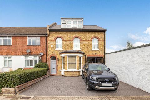 3 bedroom parking for sale - Birkbeck Road, Beckenham, BR3