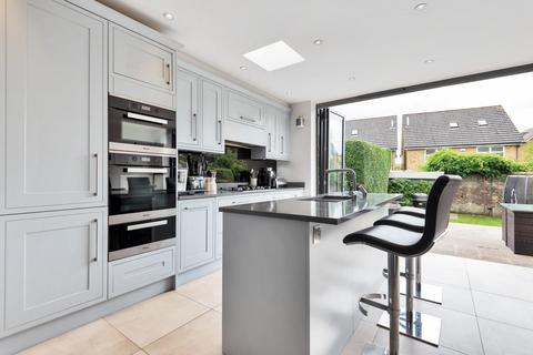 4 bedroom semi-detached house for sale - Openview, Earlsfield