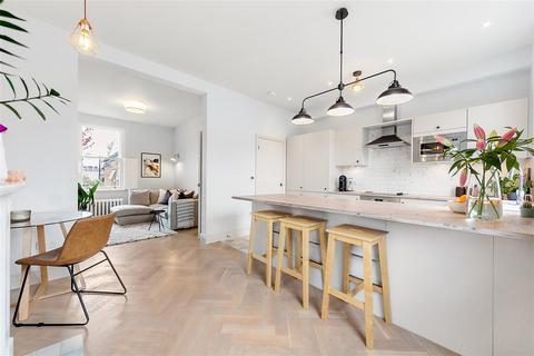 3 bedroom flat to rent - Chaldon Road, SW6