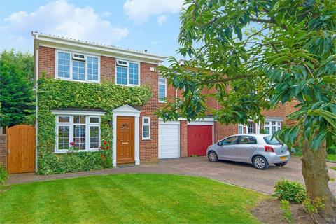 4 bedroom semi-detached house for sale - Mayfield Gardens, WALTON-ON-THAMES, Surrey