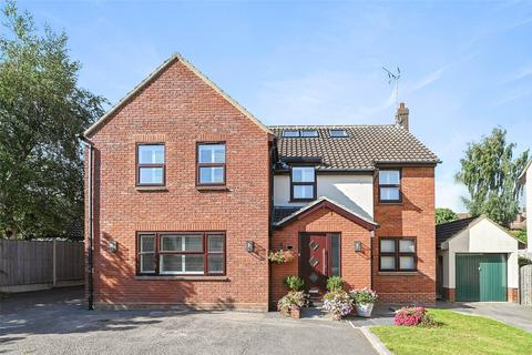 7 bedroom detached house for sale - Roxwell Road, Chelmsford, CM1