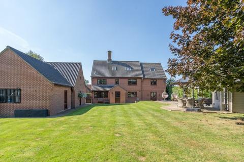 5 bedroom detached house for sale - Carleton Rode