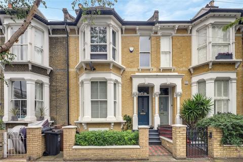 4 bedroom terraced house to rent - Alconbury Road, Clapton, London, E5