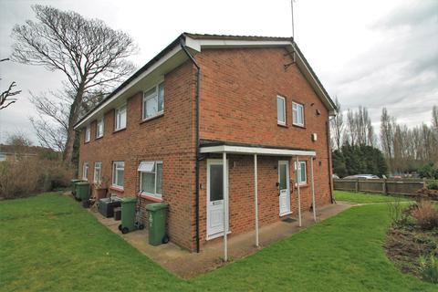 2 bedroom flat to rent - Mount Drive, Bexleyheath