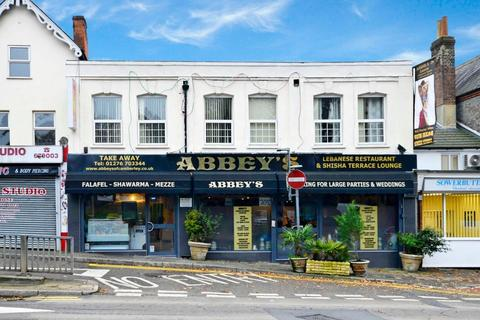2 bedroom apartment to rent - London Road, Camberley