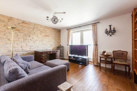 2 bedroom apartment to rent - Odeon Court, Chicksand Street, London, E1