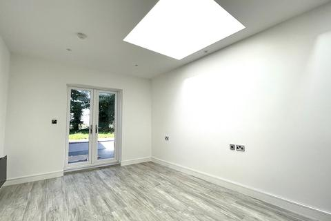 1 bedroom apartment to rent - Stanmore Road, 84