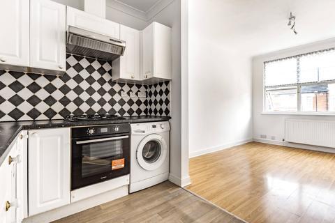 2 bedroom flat to rent - Lascotts Road, Wood Green, London, N22