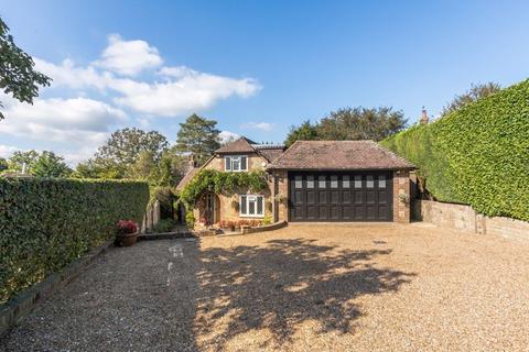 4 bedroom detached house for sale - Harborough Drive, West Chiltington
