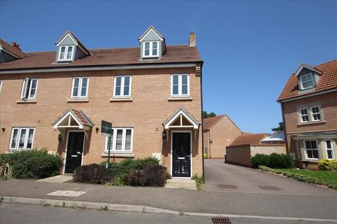 3 bedroom end of terrace house to rent - Devon Drive, Biggleswade, SG18