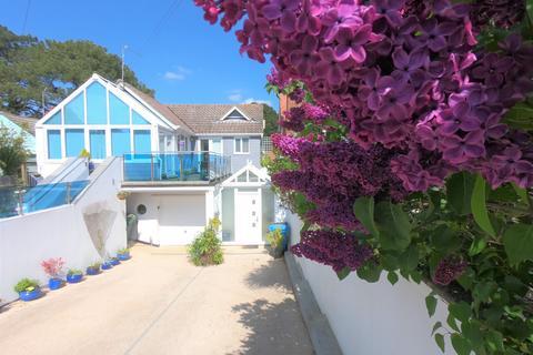3 bedroom flat to rent - Flat 2, 20 Brownsea Road, Sandbanks, Poole